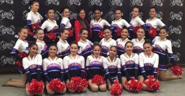 equipo-de-pom-senior-colegio-nueva-york